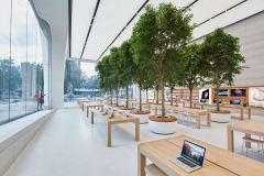 AN 15 06 projets 4 apple-store-brussels